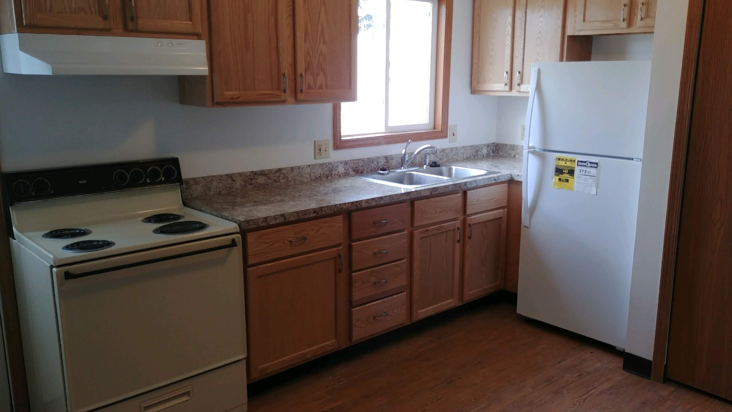 apartment for rent Barber Knolls, Barberton, OH close to Akron