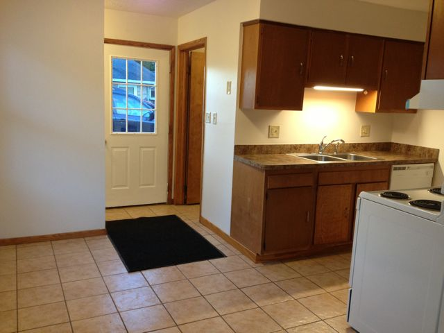 apartment available in Barberton, Ohio