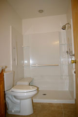twinplex, walkin shower apartment for rent Barberton